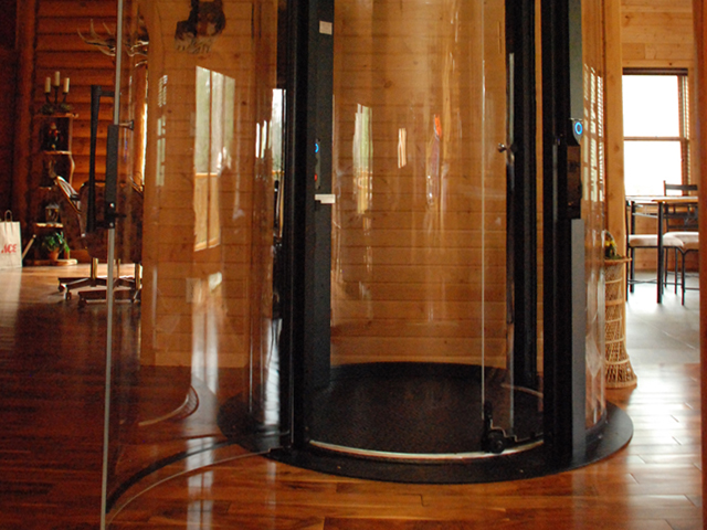 Home elevators illinois glass hydraulic elevators for Home elevators direct